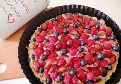 Dietetyczna tarta z owocami na cieście bezglutenowym